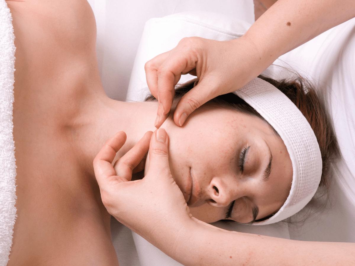 holistyczna pielegnacja masaz krem i dotyk warszawa ursus